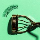 Outils pour les sourcils et les yeux